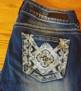 Wallflower Capri Jeans